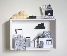 Make a diorama with one of the shadow boxes we have lying around (Voorbeeld kijkdoos). Use color. Diy For Kids, Crafts For Kids, Big Kids, Diy And Crafts, Paper Crafts, Foam Crafts, Paper Toys, Diy Paper, Handmade Crafts