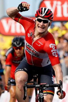 Andre Greipel wins stage 2 of the 2015 Tour de France. (Bettini Photo)
