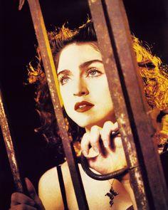 Madonna - Like A Prayer Madonna True Blue, Madonna 80s, Madonna Vogue, Madonna Like A Prayer, Divas, Madonna Looks, Madonna Photos, Rebel Heart, Still Love Her