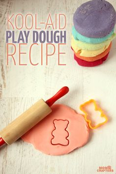 Make some easy homemade play dough with this KOOL-AID play dough recipe. You can even get true red play dough with it!!  Credits: momsandcrafters.com
