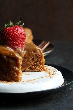 http://thevegan8.com/2015/08/24/5-minute-toffee-mug-cake-vegan-gluten-free/