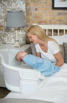 Main Image - Halo Innovations 'Bassinest' Bedside Swivel Sleeper (Baby)