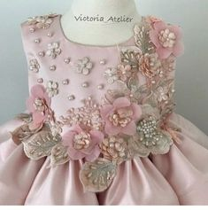 Ideas Wedding Dresses Princess Victorian Beautiful For 2019 Dresses Kids Girl, Little Girl Dresses, Kids Outfits, Flower Girl Dresses, Flower Girls, Trendy Dresses, Cute Dresses, Dress Anak, Kids Gown