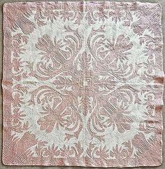 """RARE Hand Stitched Antique Hawaii Quilt """"Lily of The Valley"""" Pattern No Reserve 