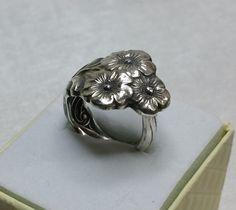 Nostalgischer Blütenring  Besteckschmuck 18 SR533 von Atelier Regina auf DaWanda.com