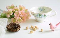251cbb12285 spring decorating idea vintage tea cup birds nest 1.1 Vintage Tea,  Φλιτζάνια Τσαγιού