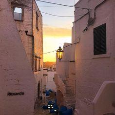 #ostuni #sunset #summer #ig_daily #igersitalia #igerspuglia #pugliagram #italian_places #italy #italiainunoscatto #colorfull #instalike #like4like #follow4follow #f4f #l4l #l4f #tagforlikes #bestphoto #pics #picoftheday #volgoitalia#volgopuglia #pugliamia #instapuglia #weareinpuglia #yellerpuglia #gf_italy #borghiitalia #passionpassport