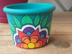 ideas painting flower pots ideas design for 2019 Clay Pot Crafts, Fun Crafts, Diy And Crafts, Painted Plant Pots, Painted Flower Pots, Flower Pot Design, Deco Floral, Pottery Painting, Terracotta Pots