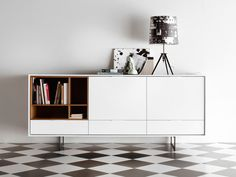The Treku Aura Sideboard is inspired by the past and influenced by the design culture of the Nordic countries, combining tradition and nature with large doses of modernity.