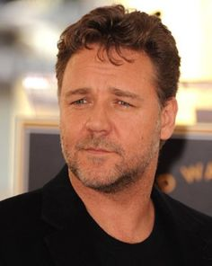 Russell Crowe is the ultimate gladiator in my head and in my books. Master And Commander, Australian Men, Russell Crowe, Face Men, Event Photos, Star Wars, Celebs, Celebrities, Famous Faces