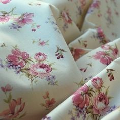 Show more information on Poplin Prints - English Rose - Pink Poplin Fabric, Linen Fabric, Cotton Fabric, Cotton Crafts, Fabric Crafts, Sewing Hacks, Sewing Projects, Sewing Tips, Sewing Ideas