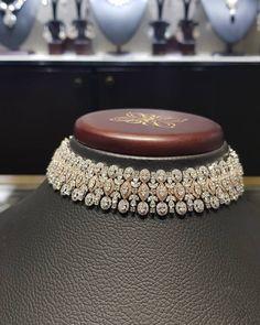 Necklaces – Page 2 – Modern Jewelry Antique Jewellery Designs, Fancy Jewellery, Stylish Jewelry, Diamond Jewellery, Diamond Choker Necklace, Luxury Jewelry, Diamond Pendant, Fine Jewelry, Indian Jewelry Sets