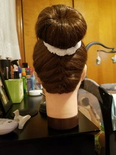 Elegant Bun, Dreadlocks, Hair Styles, Beauty, Hair Plait Styles, Sleek Updo, Hair Makeup, Hairdos, Haircut Styles