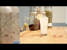 Si te gusta el   #vodka   no te pierdas este   #tutorial   en el que te enseñamos a preparar un refescante   #cocktails   : Vodka Lemon Gracias a +SANTAMANÍA ♦ Destilería Urbana ♦ por cedernos el espacio, la ginebra y preparar el cóctel