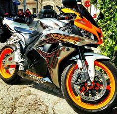 Motorcycles, bikers and Moto Ninja, Ninja Bike, Honda Sport Bikes, Honda Motorcycles, Monster Bike, Custom Sport Bikes, Honda Cbr 600, Cafe Racer Bikes, Jeep Cars