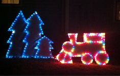 DIY: Christmas Yard Display made with inexpensive foam boards from Lowes.