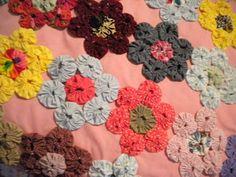 Yo-Yo flower quilt