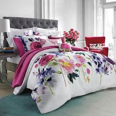 Named after a beautiful island on the West Coast of Scotland, the Taransay comforter set features maxi floral blooms beautifully rendered in a signature, hand-painted watercolor style. Bed Bath & Beyond, Romantic Bedding Sets, Cama Floral, Floral Bedspread, Floral Comforter, Console, Bed Springs, Bed Sets, Home And Deco
