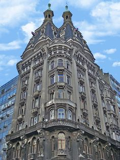 hermosos edificio de Avenida Belgrano y Peru. Architecture #Multicultural, Rich in History, Culture and Traditions; in keeping with my story http://www.amazon.com/With-Love-The-Argentina-Family/dp/1478205458