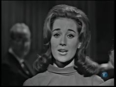 Kathy lennon one of the lovely lennon sisters while singing The Lennon Sisters, Lawrence Welk, 70s Tv Shows, Family Tv, Famous Singers, Music Tv, Singing, Film, People