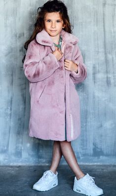 Excited to share the latest addition to my shop: Girls winter coats, Girls fur coat, Toddler winter coats, Fur jacket for girl, Teen girl gifts … – Winter Coat Winter Fur Coats, Girls Winter Coats, Winter Baby Clothes, Baby Winter, Girls Pinafore Dress, Winter Outfits, Kids Outfits, Teen Girl Gifts, White Flower Girl Dresses