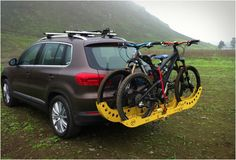 Typical mountain bike racks often fit poorly or break easily, Tuf Rack is a recent company founded to eliminate this problem. The Tuf Rack is an indestructible hitch mounted, modular bike carrier built to withstand the use and abuse of hardcore rider Car Bike Rack, Bicycle Storage, Bicycle Rack, Car Bike Carrier, Bike Hitch, Bmx Bikes, Mtb Bike, Jeep Accessories, Bike Parking