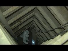 Video completo dentro del túnel por donde escapó El Chapo - YouTube