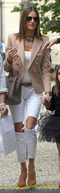 Who made  Alessandra Ambrosio's tan blazer, ripped white jeans, tan suede pumps, and brown tote handbag?