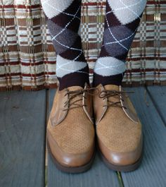on hold till Wed  : vintage men's Hush Puppies shoes - size 12