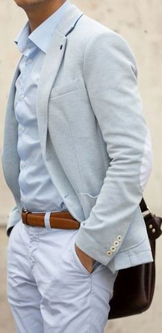 Love the subtlety of color between his sport coat and shirt. Style For Men on… Fashion Mode, Look Fashion, Mens Fashion, Fashion Menswear, Spring Fashion, Sharp Dressed Man, Well Dressed Men, Style Masculin, La Mode Masculine