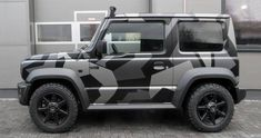 We've seen plenty of tuning proposals for the all-new Suzuki Jimny but this one is probably the first that goes beyond upgrading the tiny off-roader's looks. While other tuners focused on making th… Suzuki Jimny Off Road, New Suzuki Jimny, Jimny 4x4, Kangoo Camper, Suzuki Cars, Best Family Cars, Mid Size Car, Grand Vitara, Subaru Legacy