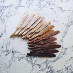 Fabulous Wood Crafts, Wooden Tableware and Kitchen Utensils by Ariele Alasko Kitchen Items, Kitchen Utensils, Kitchen Decor, Kitchen Furniture, Kitchen Stuff, Wood Knife, Wood Spoon, Kitchenware, Tableware