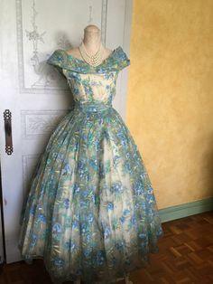50s Vintage Dress/ 1950s Blue Floral Dress/ 50s Ball Gown/ Wedding Dress /50s Cocktail Dress / Bridal Party 1950s Dress/ 50s costume