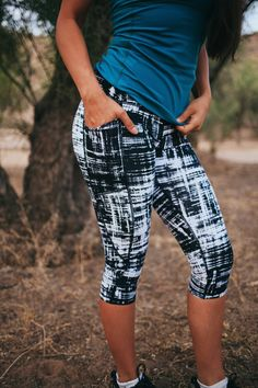 These high-waisted capris hold everything in tight and allow full movement without any hassle. They have two side pockets that fit your phone and other necessities. Fit and Product Details - 2 side open pockets; fits most phones perfectly including an iPhone 6+ - Hidden waistband key pocket - Breathable crotch gusset - Tagless Extra Small: 0-2 Small: 4-6 Medium: 8-10 Large: 12-14 Extra Large: 16-18 Size down if you are in between sizes. Fabric and Care - Nylon/Spandex blend - Lightweight…