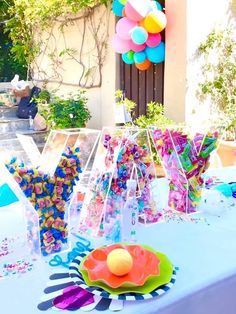 Looking for a party with colors abundant and bright? If so, this Colorful Modern Birthday Party at Kara's Party Ideas is your lottery winner! Candy Theme Birthday Party, 10th Birthday Parties, Candy Party, Birthday Party Decorations, Kids Party Centerpieces, Candy Land Theme, Balloon Decorations, 50th Birthday, Chocolate San Valentin