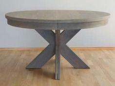 Cross rundt spisebord, lages på mål i ønskede materialer og finish. Her vist i gråbeiset - og med splittede ben som gir stabil løsning med bruk av flere tilleggsplater. Pris fra kr. 17.500,- + tilleggsplater kr. 3000,- per stk. Be oss gjenre om tilbud!