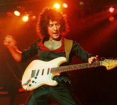 Ritchie Blackmore: Darkness. Introspective. Target.