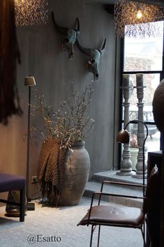 🌟Tante S!fr@ loves this📌🌟 Kijk je mee? Living Room Grey, Home And Living, Rustic Design, Rustic Style, Salons Cosy, French Country House, Home Decor Kitchen, Decoration, Home Interior Design