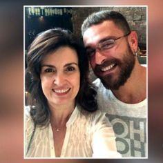 Em restaurante com a família, Fátima demora a reconhecer Diogo Nogueira