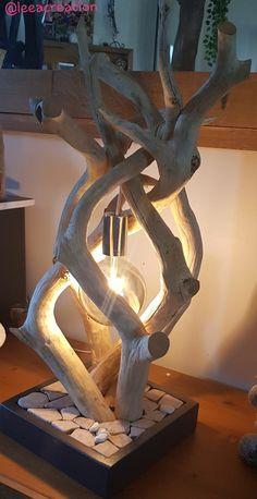 Driftwood Lamp, Driftwood Sculpture, Driftwood Crafts, Wooden Lamp, Wooden Diy, Rustic Wall Lighting, Craftsman Style Furniture, Light Bulb Art, Home Garden Design