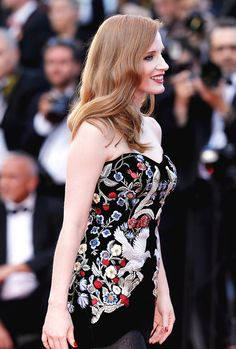 """Jessica Chastain attends the """"Ismael's Ghosts (Les Fantomes d'Ismael)"""" screening and Opening Gala during the 70th annual Cannes Film Festival at Palais des Festivals on May 17, 2017 in Cannes, France. #jessica chastain #cannes 2017"""