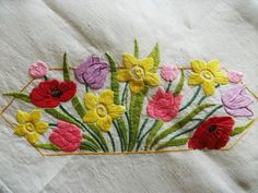 "Vintage Hand Embroidered Tablecloth - ART DECO SPRING FLORA -  32"" X 32"""