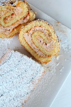STRAWBERRY CREAM SWISS ROLL RECIPE - Looking for a special, unforgettable holiday dessert? This delicious, spongy strawberry Swiss roll is easier than you'd think!