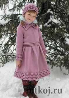 Knitting for kids Girls Knitted Dress, Crochet Dress Girl, Knit Baby Dress, Crochet Coat, Knitting For Kids, Baby Knitting, Baby Girl Dresses, Girl Outfits, Woolen Dresses