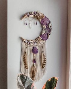 MADE TO ORDER Mermaid Moon Wall Hanging Dreamcatchers made with shells crystals and feathers boho hippie gypsy wall decor bohemian art Seashell Crafts, Beach Crafts, Diy And Crafts, Arts And Crafts, Feather Crafts, Decor Crafts, Summer Crafts, Fall Crafts, Christmas Crafts
