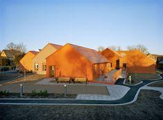 """Das Pflegeheim """"Norra Vram"""" von Marge Arkitekter. Außenansicht."""