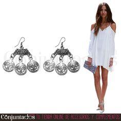 Descubre nuestra chulísima selección de #pendientes de #estilo #boho-chic ★ 10,95 € en https://www.conjuntados.com/es/pendientes/pendientes-medianos/pendientes-etnicos-con-monedas-tanit.html ★ #novedades #earrings #conjuntados #conjuntada #joyitas #lowcost #jewelry #bisutería #bijoux #accesorios #complementos #moda #fashion #fashionadicct #picoftheday #outfit #style #GustosParaTodas #ParaTodosLosGustos