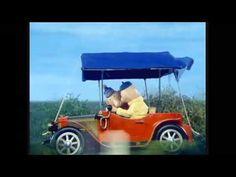 Weg van wielen: filmpjes van voertuigen voor peuters en kleuters   Leuk met kids Stop Motion, T 4, Transportation, School, Vehicles, Films, Education, Autos, Cute