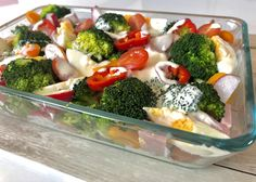 Sałatka brokułowa - Blog z apetytem Broccoli, Food And Drink, Chicken, Vegetables, Cooking, Recipes, Blog, Grill, Diet