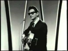 Roy Orbison sings the only Christmas song he ever released on his TV show :-).  Enjoy!